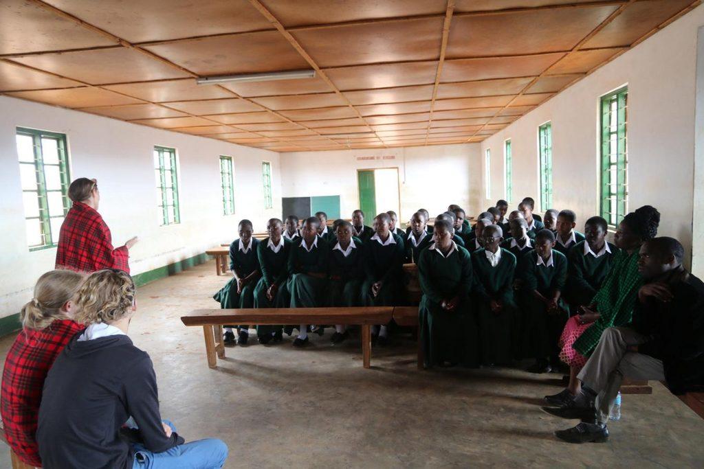 Unterstützte Schülerinnen in Emmaberg
