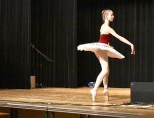 Klassischer Baletttanz als Beitrag zur Benefizgala