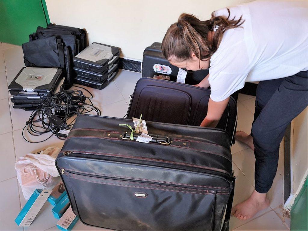 """Die """"Zweitkoffer"""" werden ausgepackt"""