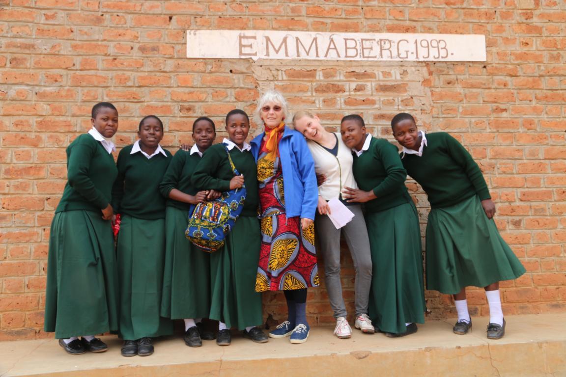 Freundschaften mit Schülerinnen in Emmaberg