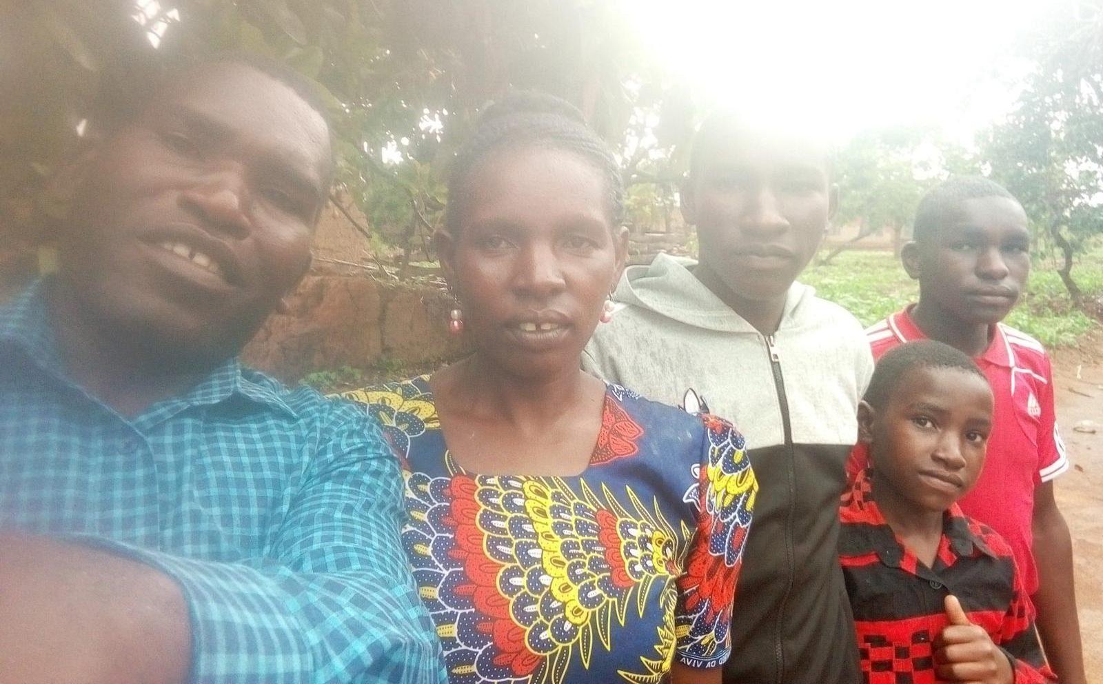 Benson Kilasi und seine Familie an Weihnachten
